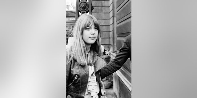 Jenny Boyd inspired the song 'Jennifer Juniper.'
