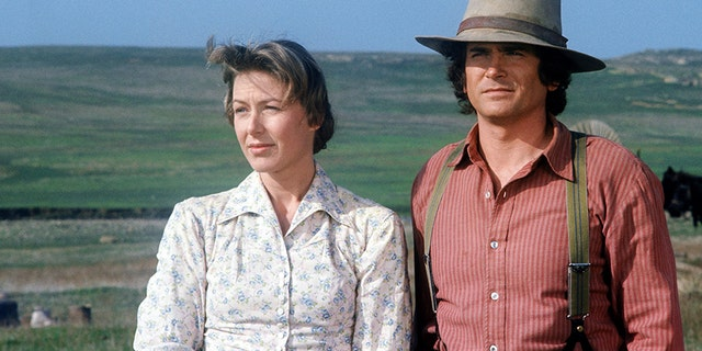 Karen Grassle as Caroline Quiner Holbrook Ingalls and Michael Landon as Charles Philip Ingalls.