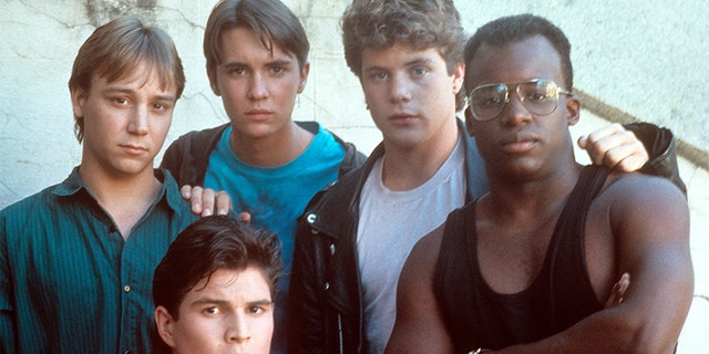 Keith Coogan, Wil Wheaton, Sean Astin and others on the set of the film 'Toy Soldiers', 1991.