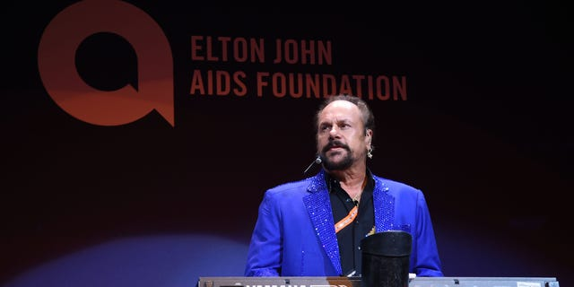 Musician Harry Wayne 'K.C.' Casey of KC and The Sunshine Band performs onstage at Elton John AIDS Foundation's 14th Annual An Enduring Vision Benefit at Cipriani Wall Street on November 2, 2015, in New York City. (Photo by Jamie McCarthy/WireImage)
