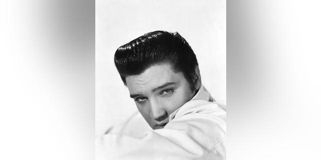 Singer Elvis Presley