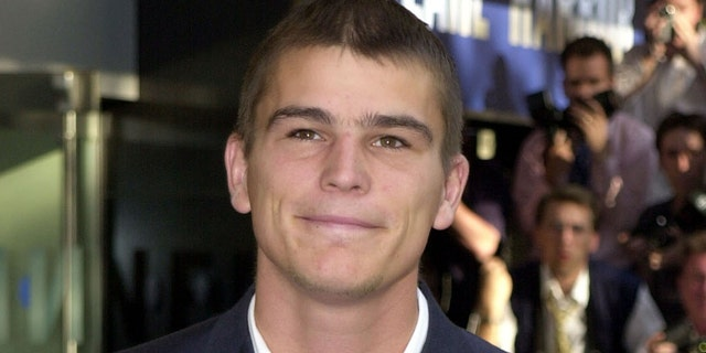 Josh Hartnett at the UK Premiere of the film, 'Pearl Harbor' in 2001. (Photo by Anthony Harvey/Getty Images)
