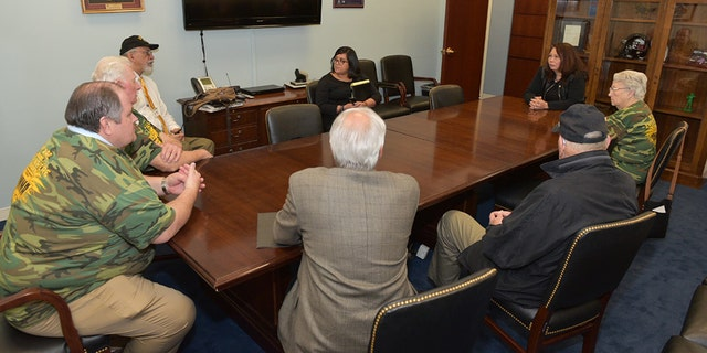 Sen. Tammy Duckworth, D-Ill., meets with members of the United Mineworkers of America (UMWA) on March 1, 2017. Photo courtesy of Sen. Duckworth's office.