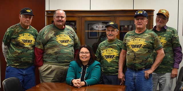 Sen. Tammy Duckworth, D-Ill., meets with members of the United Mineworkers of America (UMWA) on Nov. 6, 2019. Photo courtesy of Sen. Duckworth's office.