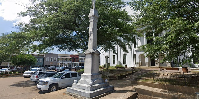 The Lafayette County Board of Supervisors voted not to take down the Confederate statue in Oxford Square.