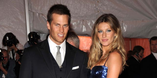 Tom Brady and Gisele Bundchen attend 'The Model as Muse: Embodying Fashion' Costume Institute Gala at The Metropolitan Museum of Art on May 4, 2009, in New York City. (Photo by Kevin Mazur/WireImage)