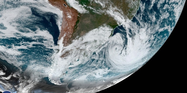 A cyclone hit the southern region of Brazil on Wednesday, killing nine people and causing floods.