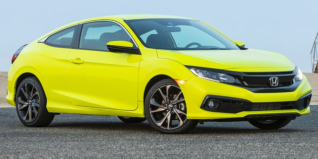 Honda's cutting the Fit, Civic Coupe, and stickshift Accord