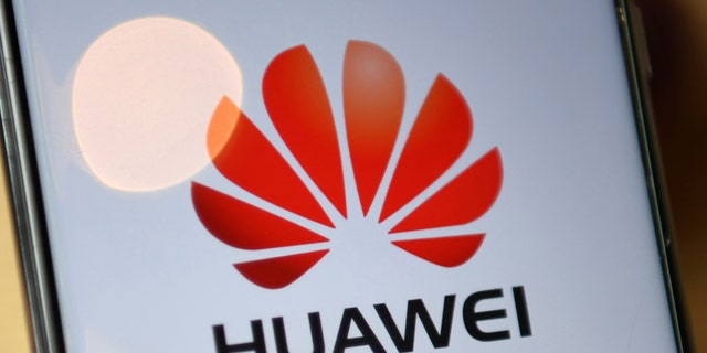 US lawmakers welcome UK's ouster of Huawei from its 5G networks