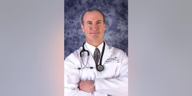 Dr. Bob Posner, internal medicine doctor in Fairfax County, Virginia. (Photo courtesy of Dr. Bob Posner)