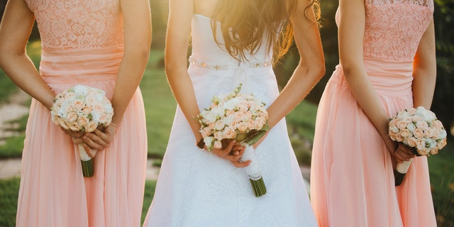 The wedding at North Fork Country Club had 91 people in attendance. (iStock)