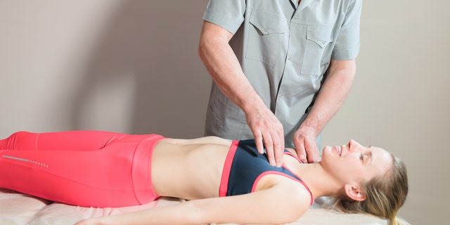 Manual therapy techniques to chest muscles may help patients breathe easier. <br> (​​​​​​​iStock)