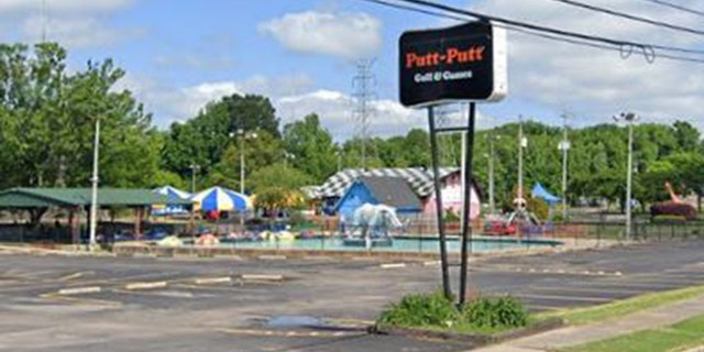 Issues began at Golf and Games Family Park in Memphis, Tenn., Saturday evening.