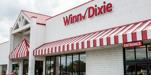 Winn-Dixie supermarkets said Monday, Jul 20, 2020 it is reversing its policy and will now require customers to wear masks at its stores to help reduce the spread ofthe coronavirus.. (Photo by: Jeffrey Greenberg/Education Images/Universal Images Group via Getty Images)