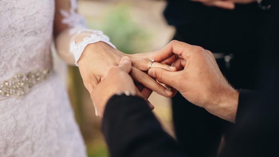 Couple who scrapped wedding due to coronavirus buys camper van instead