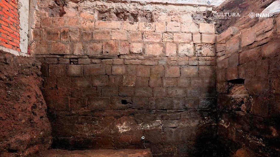 Aztec Palace And Conquistador S House Discovered Beneath Historic Mexico City Building Fox News