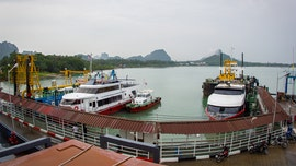 75 people evacuated from capsized dinner cruise in Thailand