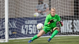 Portland Thorns' Bella Bixby reminds followers NWSL pulled off season first amid coronavirus: 'This is getting really old'
