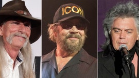 Hank Williams Jr., Marty Stuart and Dean Dillon inducted into Country Hall of Fame