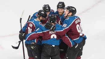 Avalanche rout Coyotes 7-1 in Game 5 to win 1st-round series