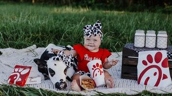 Chick-fil-A picnic inspires heartwarming photo shoot