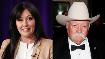 Shannen Doherty posts heartfelt Wilford Brimley tribute: 'He taught me a lot'