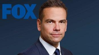 FOX CEO Lachlan Murdoch praised for defending Tucker Carlson after ADL urges host's firing
