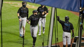 Marlins win again, top Mets 4-3 for 6th straight win