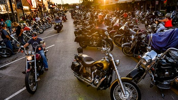 Missouri biker fest draws tens of thousands to Lake of Ozarks despite 'super spreader' concerns
