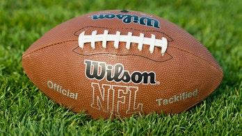 Split verdict conviction tossed for ex-NFL star's killer