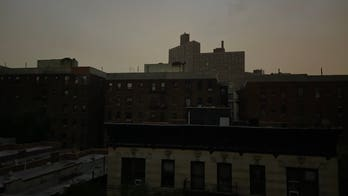New York City power outage puts many Manhattan neighborhoods in the dark