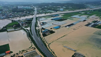 Heavy rain hammers South Korea, leaving 6 dead, 7 missing