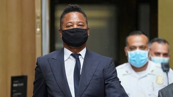 Cuba Gooding Jr. arrives at Manhattan courthouse for sex abuse case hearing, wears 'Black Lives Matter' mask
