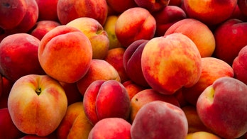 Salmonella outbreak linked to peaches across 9 states, 2 Canadian provinces: CDC