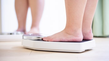 Significant weight loss has same metabolic effects on diabetics from surgery or diet alone, study finds
