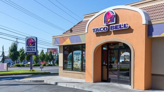 Wife complains about husband's Taco Bell-themed home office, gets slammed online