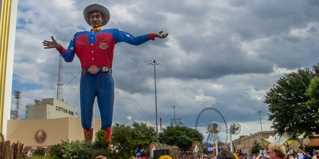 "Those who purchase drive-thru packages can also take their photo with Big Tex, who will be wearing a ""Big Tex-sized face mask"" this year."