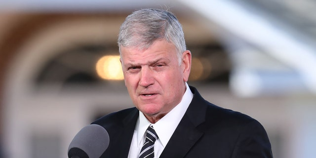 Franklin Graham is leading the Washington Prayer March 2020 토요일. (LOGAN CYRUS/AFP/Getty Images)