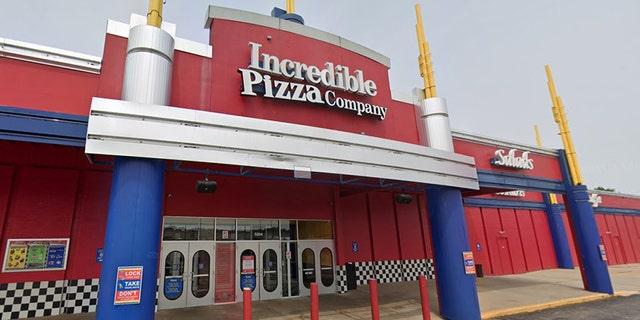 Incredible Pizza Company. (Google Maps).