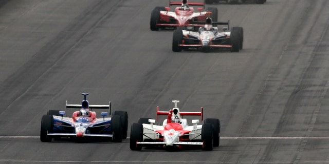 Sam Hornish Jr. edged out Andretti in the 2006 Indy 500.