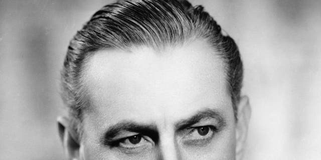 John Barrymore's corpse once partied with Errol Flynn, confirms Drew