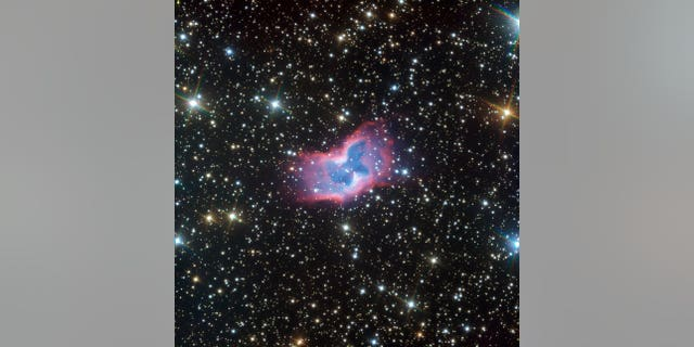 This highly detailed image of the fantastic NGC 2899 planetary nebula was captured using the FORS instrument on ESO's Very Large Telescope in northern Chile. This object has never before been imaged in such striking detail, with even the faint outer edges of the planetary nebula glowing over the background stars. (Credit: ESO)