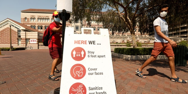 Students on the USC campus in Los Angeles on August 17, 2020. (Genaro Molina / Los Angeles Times via Getty Images)