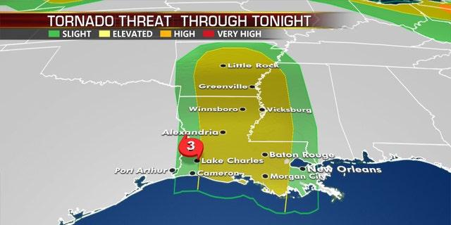 La amenaza de tornado hasta el jueves por la noche del huracán Laura.