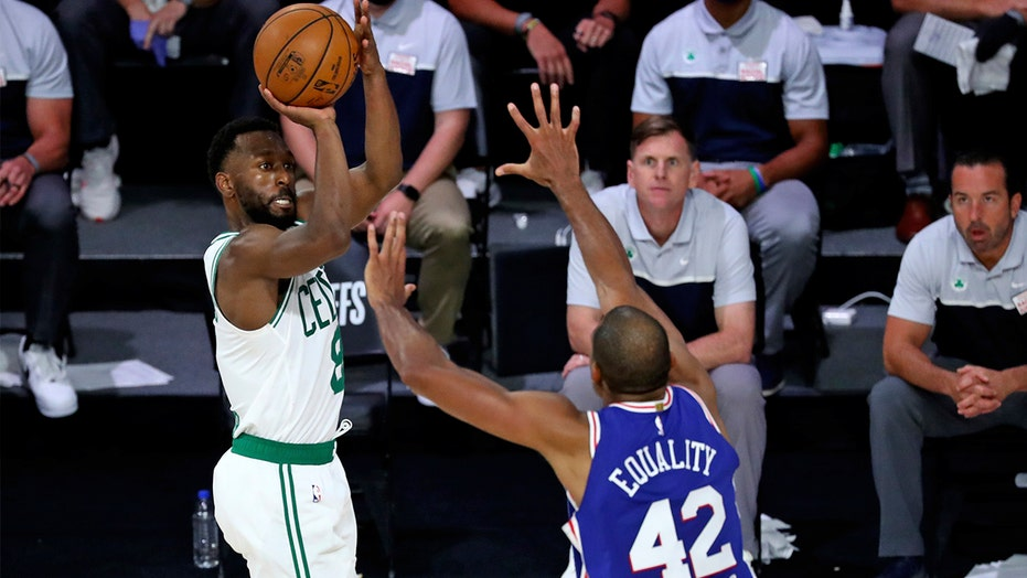 Celtics' Walker gets knee injection, out until early January