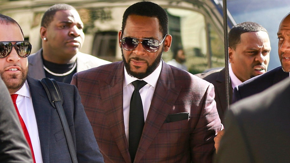 R. Kelly denied bail by federal appeals court in New York