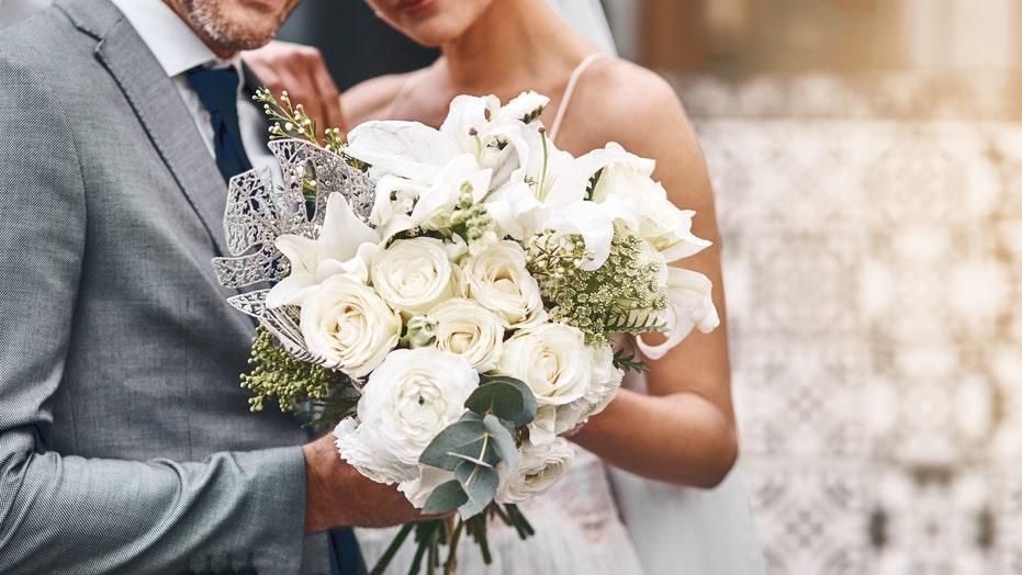225K couples with pandemic-postponed weddings owe $  3.7B in loans