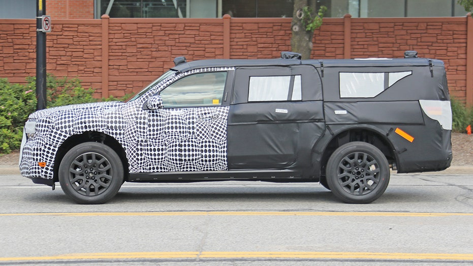 Ford Maverick compact pickup uncovered in new photos