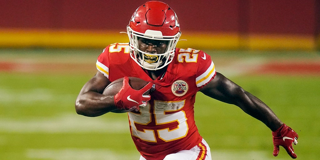 Chiefs' Clyde Edwards-Helaire has historic debut in victory   Fox News