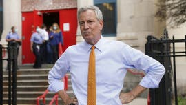 Mayor Bill de Blasio side-swiped by e-scooter in Manhattan